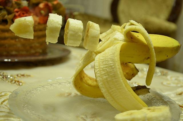 バナナを輪切りにしている画像 -ジョーク1-